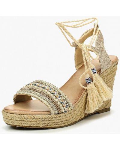Бежевые босоножки на каблуке Chicmuse