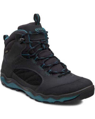 Ботинки без каблука осенние черные Ecco