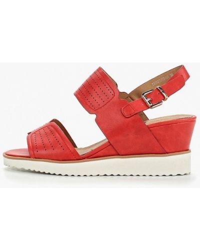 Босоножки на каблуке кожаные красный Betsy