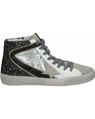 Szare sneakersy Corina