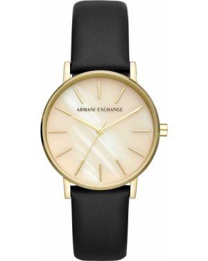 Водонепроницаемые часы на кожаном ремешке кварцевые Armani Exchange