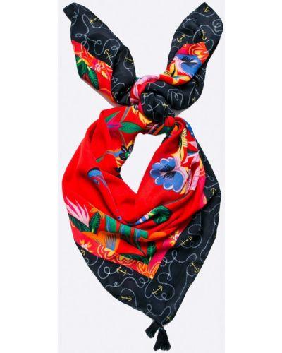 Красный шарф с узором Desigual