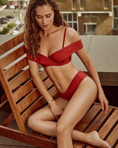 Красный купальник раздельный трансформер с оборками Anabel Arto