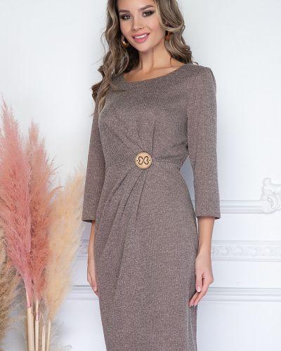 Нарядное с рукавами трикотажное платье миди Bellovera