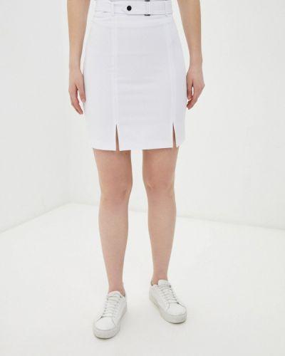 Прямая белая юбка карандаш Raya