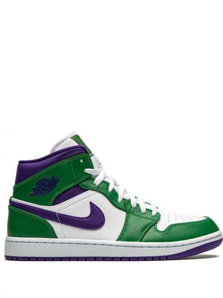 Городские фиолетовые кроссовки на каблуке с перфорацией Jordan