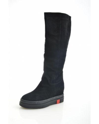 Ботинки на каблуке черные на каблуке Wilmar