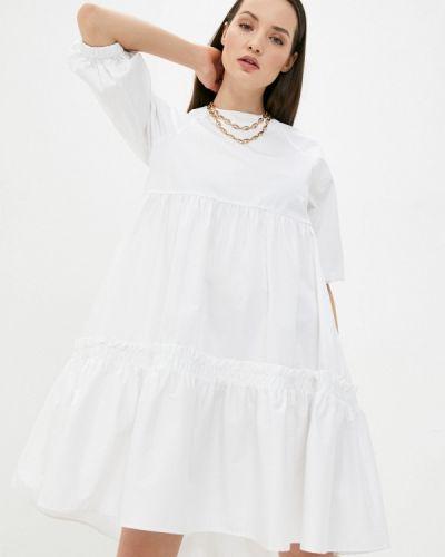 Прямое белое платье А-силуэта Love Republic