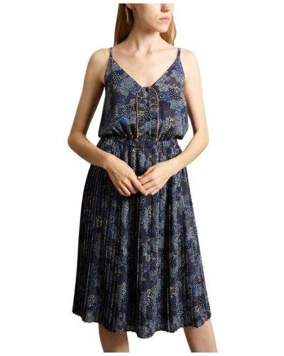 Niebieska sukienka Sessun