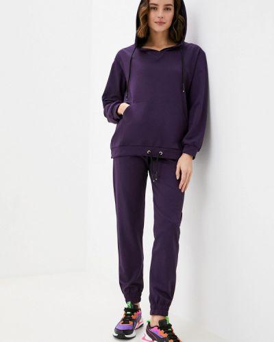 Костюмный фиолетовый спортивный костюм Malaeva