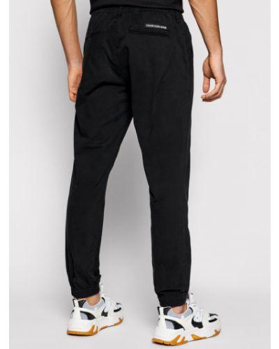 Czarne joggery Calvin Klein Jeans