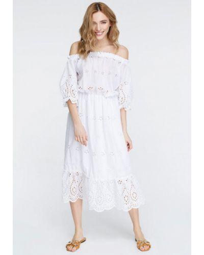 Платье с открытыми плечами весеннее Musthave