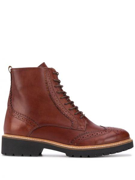 Buty na obcasie na pięcie ażurowy Carvela