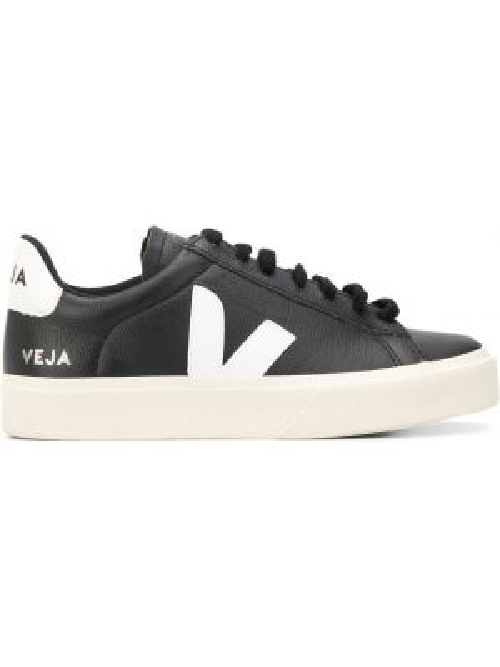 Кожаные черные кроссовки на шнуровке Veja