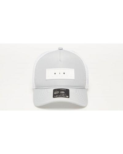 Szara czapka Jordan