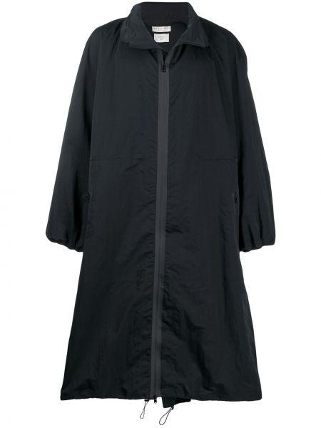 Czarny płaszcz przeciwdeszczowy z długimi rękawami Bottega Veneta