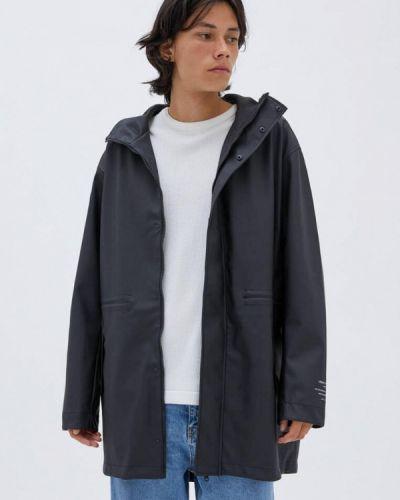Черная легкая куртка Pull&bear