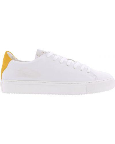 Białe sneakersy Goosecraft