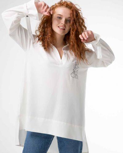 Блузка с вышивкой Innoe