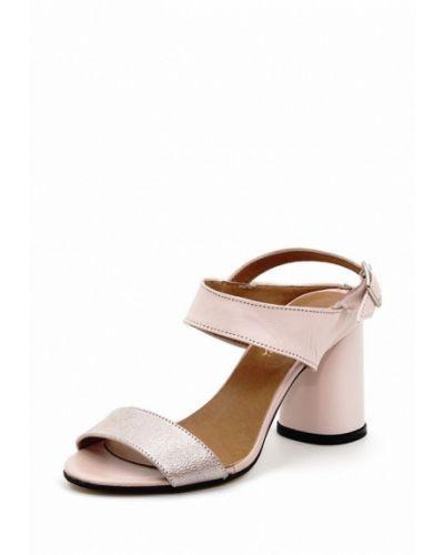 Розовые босоножки на каблуке Roberto Netti