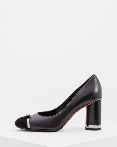 Кожаные туфли осенние для офиса замшевые Baldinini