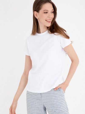 Белая весенняя футболка Gregory