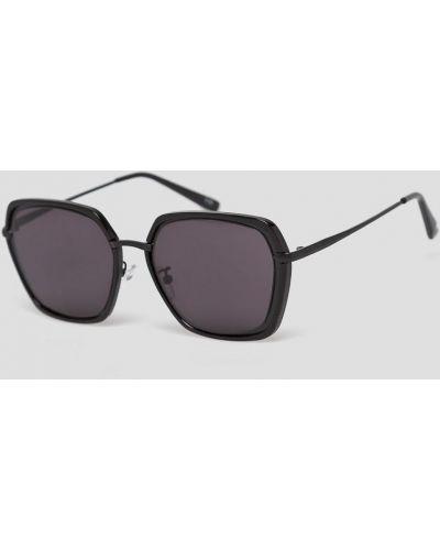Солнцезащитные очки черные Answear