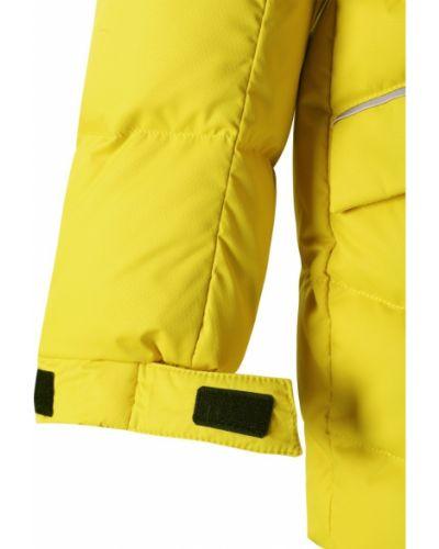Зимняя куртка с капюшоном утепленная Reima
