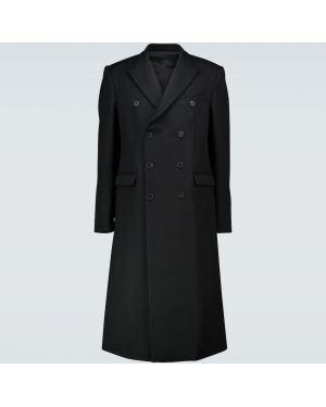 Шерстяная приталенная черная длинная куртка двубортная Wardrobe.nyc