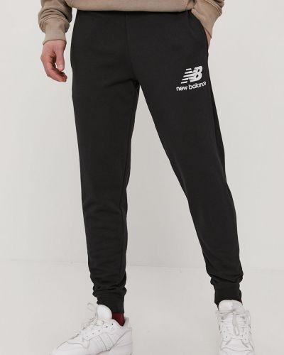 Czarne spodnie bawełniane New Balance