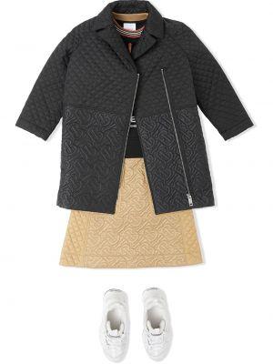 С рукавами черное стеганое длинное пальто Burberry Kids