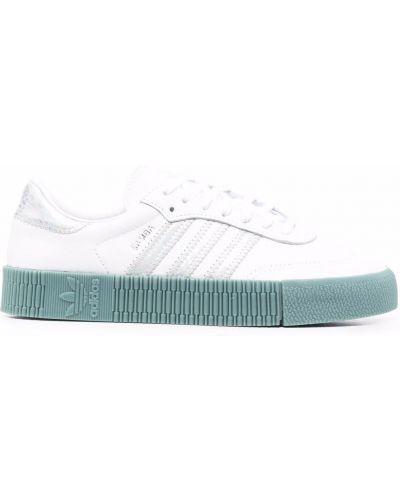 Кожаные белые кроссовки на шнуровке Adidas Kids