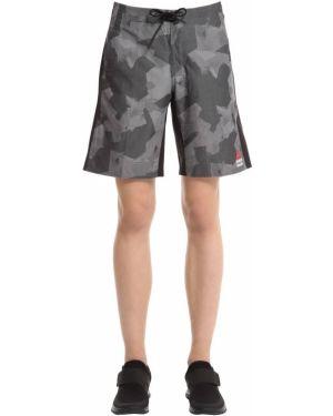 Короткие шорты милитари Reebok