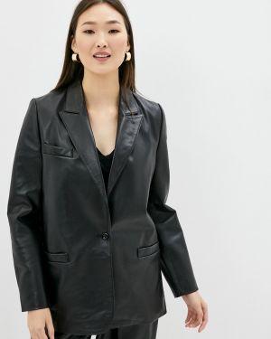 Кожаный черный костюм снежная королева