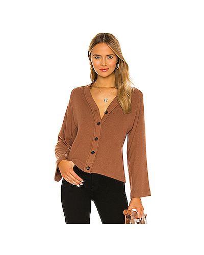 С рукавами коричневый свитер свободного кроя из вискозы Enza Costa
