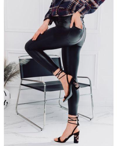 Czarne spodnie woskowane materiałowe Edoti