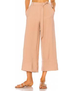 Brązowe spodnie peep toe Shaycation