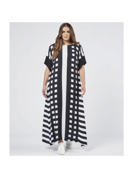 Черное расклешенное платье мини с рисунком с вырезом Mat Fashion