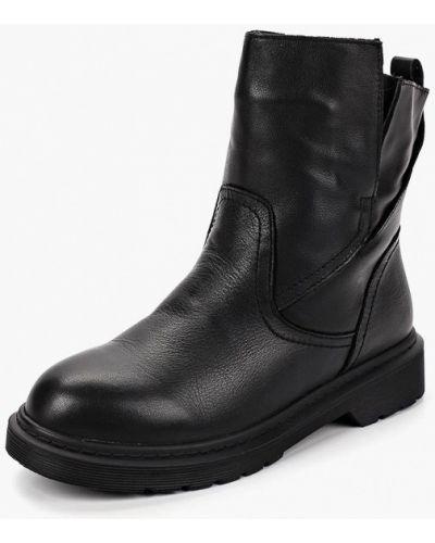 Кожаные ботинки осенние на каблуке Berkonty