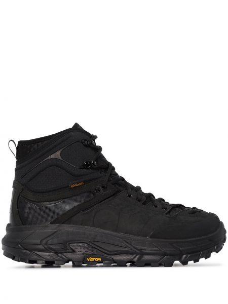 Черные высокие кроссовки Hoka One One