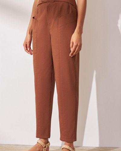 Коричневые брюки классические 12storeez