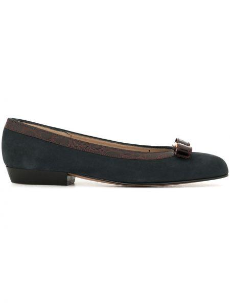 Массивные синие туфли-лодочки без застежки на каблуке Salvatore Ferragamo Pre-owned