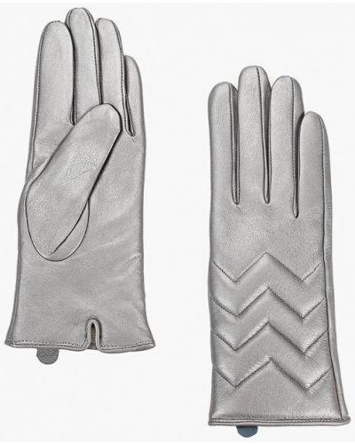Кожаные перчатки серебряного цвета Vitacci