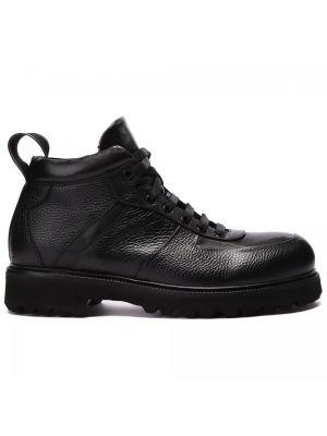 Черные ботинки на шнуровке Rocco P.