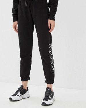 Черные спортивные брюки J.b4