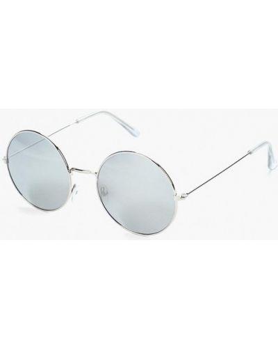 Солнцезащитные очки серебряного цвета Piazza Italia