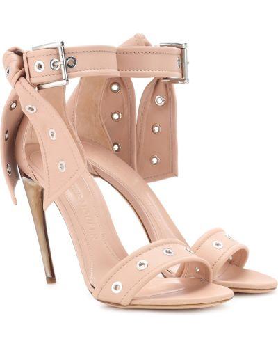 Różowy skórzany sandały Alexander Mcqueen