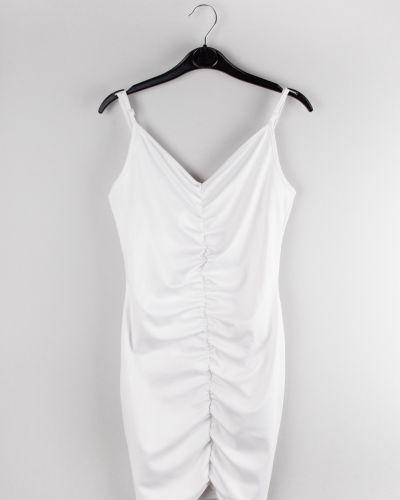 Белое повседневное платье Jennyfer