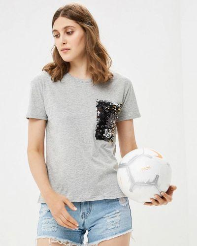 Серая футболка By Swan