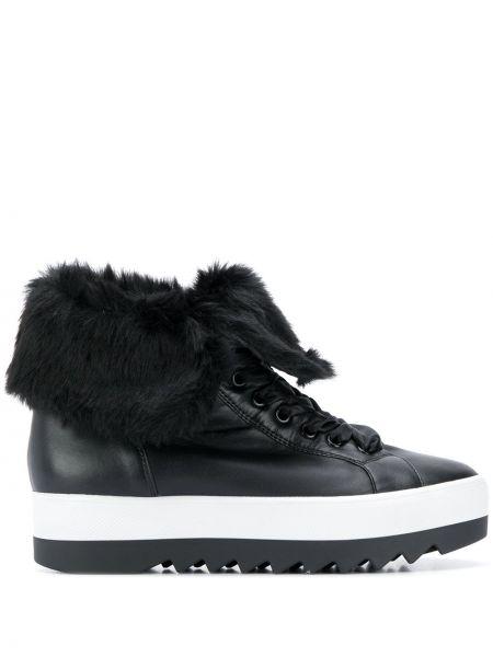 Кроссовки на платформе черные на шнуровке Hogl